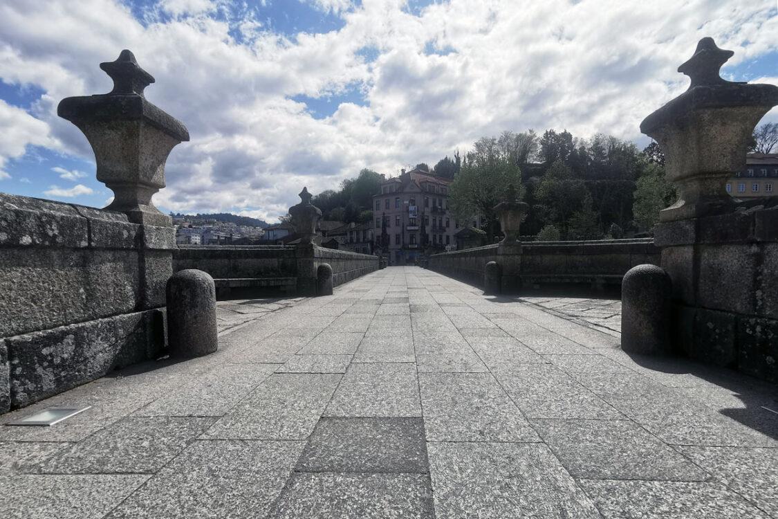 Esplanadas e expositores, Caminho de Santiago
